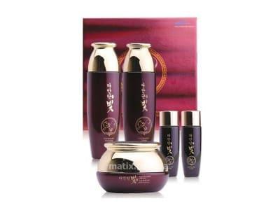 Набір з рослинними стовбуровими клітинами (Daandan Bit Premium Hanbang Skin Care 3 Set)